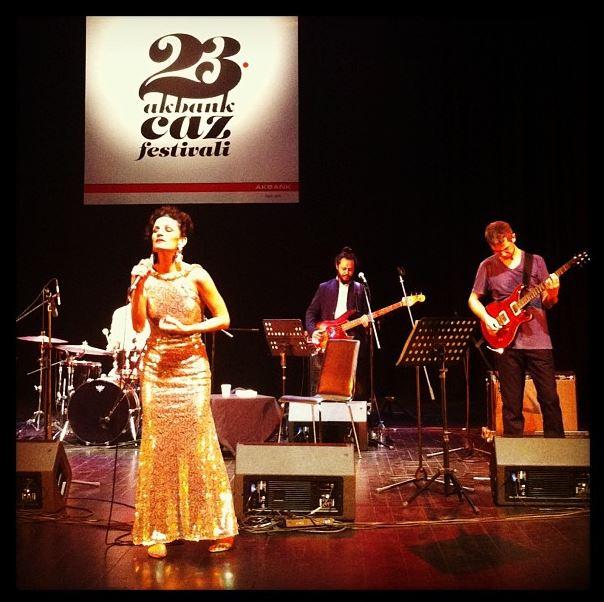 Jehan Barbur featuring İlhan Erşahin Konseri