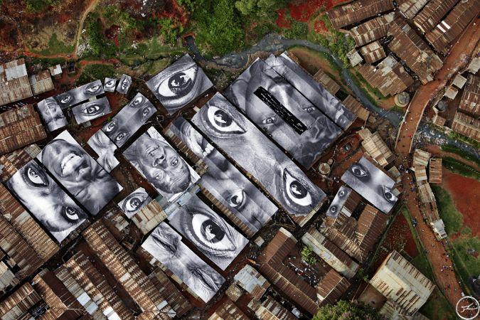 28 Millimeters, Women Are Heroes Action in Kibera Slum, Rooftops View, Kenya / 2009