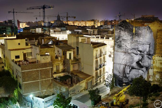 The Wrinkles of the City Los Surcos de la Ciudad, Marino Saura Oton, Night View, Cartagena, Espagne / 2008