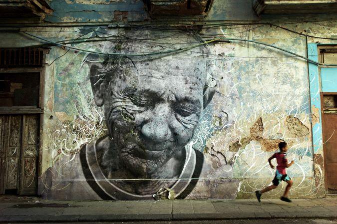 The Wrinkles of the City La Havana, Alfonso Ramón Fontaine Batista, Cuba/ 2012